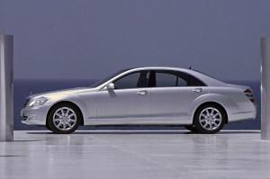 0369143-Mercedes-Benz-s-class-S500-Long-Prestige-Plus-2005