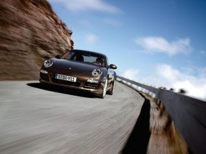 brown-porsche-911-carrera-s-002-728x546