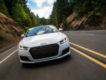 Audi_2015_TT_Roadster_477664